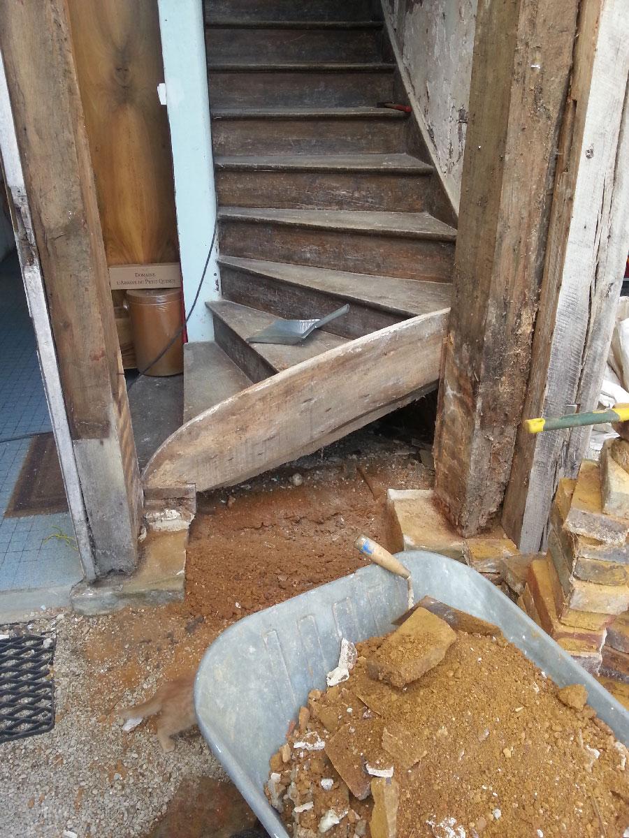 ma onnage d 39 un petit mur en brique avec son rejingot ma ruine. Black Bedroom Furniture Sets. Home Design Ideas